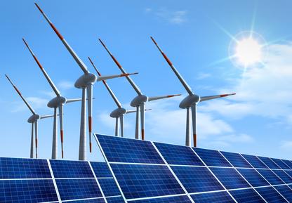 Windräder mit Solaranlage, Keine EEG-Foerdergelder für Öko-Importstrom. Der Europäische Gerichtshof entschied dagegen.